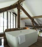 vrijstaand bad vakantiewoning Atelier Valkenburg aan de Geul